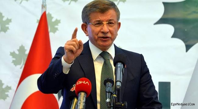 Ahmet Davutoğlu: Berat Albayrak cahilin ta kendisidir