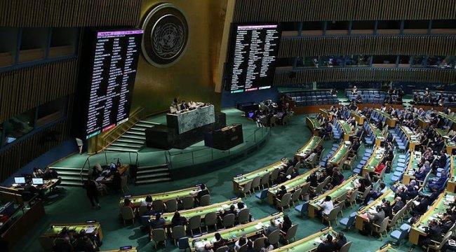 Filistin büyükelçisinin konuşmasından rahatsız olan İsrail elçisi salonu terketti