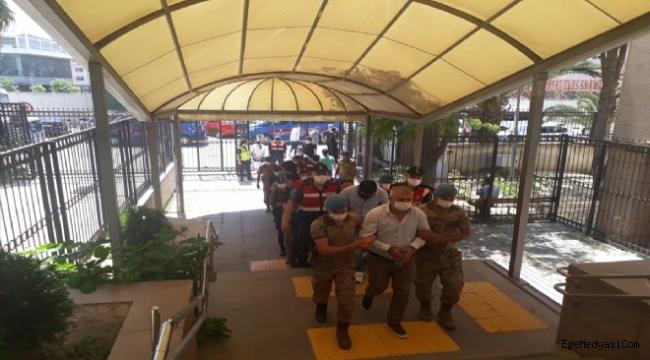 İzmir'de şok rüşvet operasyonu