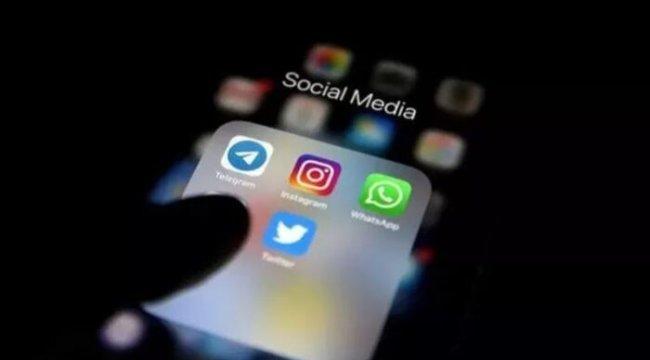 Sosyal medyayı sallayan 20 Years Challange akımı hakkında uyarı