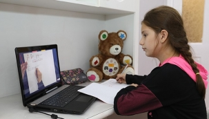 Bucalı gençler Dijital Dershane'yi sevdi