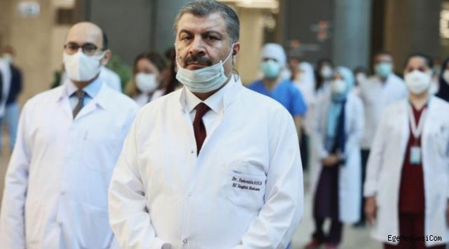 Fahrettin Koca: Yakında maskeleri çıkarıp atacağız