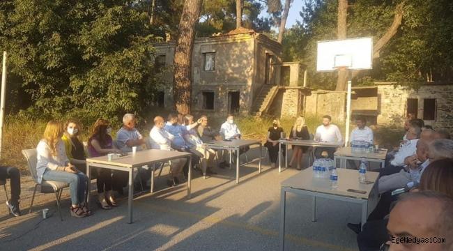 İzmir'de AKP'den tepki çeken yönetim toplantısı