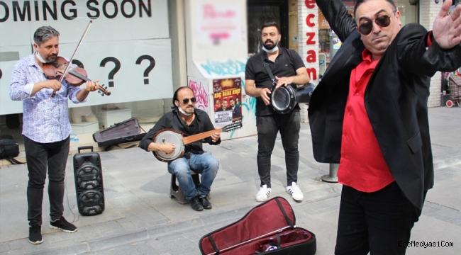 İzmir'de türkücü olmak için hakimliği bıraktı