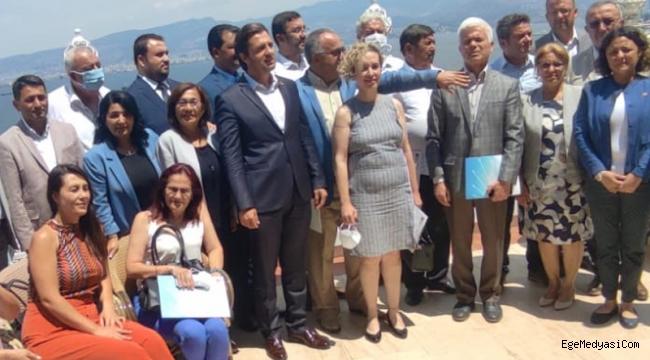 İzmir CHP'de ilçe başkanları zirvesi