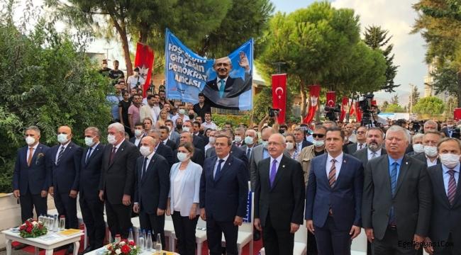 Kılıçdaroğlu, İzmir Konak'ta açılışta konuştu